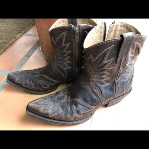 Ariat short boots size 9